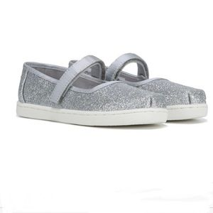 NIB Toms Mary Jane Silver Iridescent Glimmer Shoes